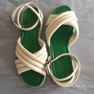 Tory Sport EUC white sandals size 7.5.